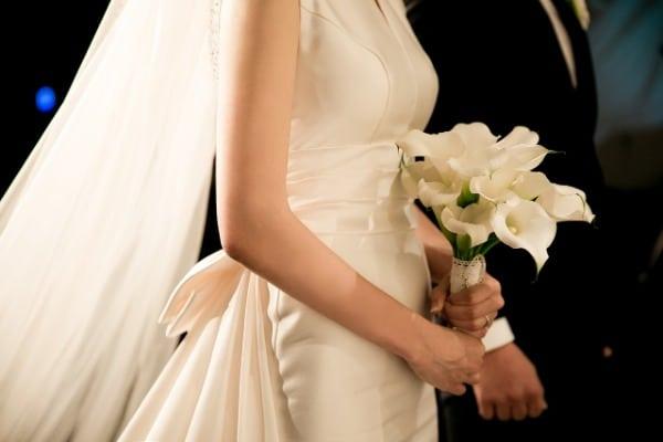 5. Hochzeitstrend - Schlichte Kleider